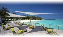 MALDIVAS: HOTEL VELASSARU (Water Bungalow Pool) (MP)
