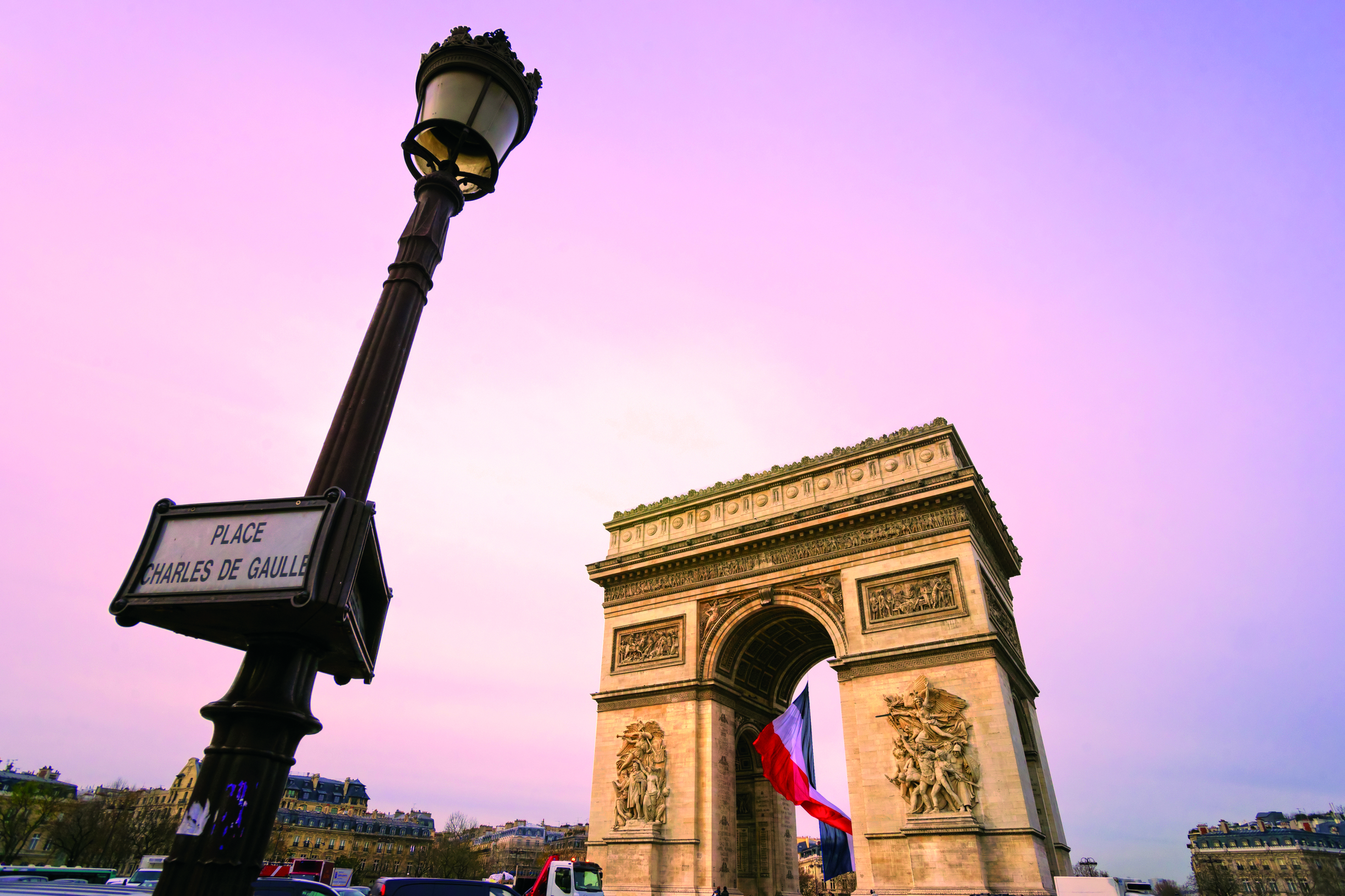 Avance 2018 PARIS Y ESTE EUROPEO