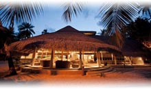 MALDIVAS: HOTEL KURAMATHI (Water Villa Jacuzzi) (TI Selecto)